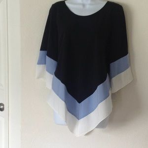 Blouse with color blocking